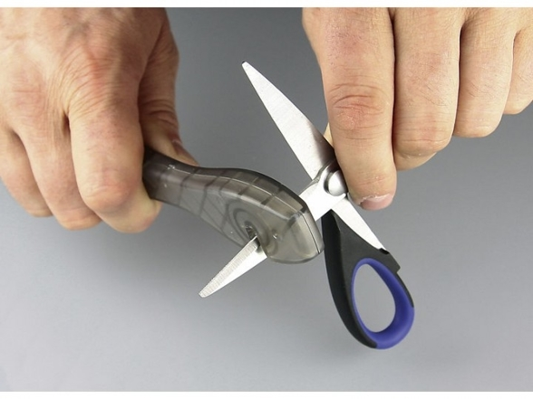 Taylor's Eye Witness Scissor Sharpening (590SM)